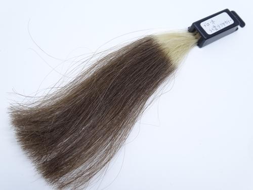 ブローネ らく塗り艶カラー 白髪100 染め後