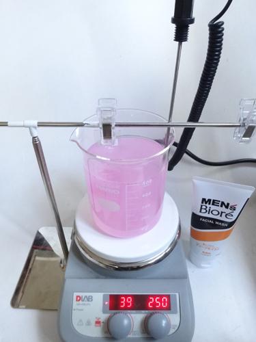 メンズビオレ ディープモイスト 洗浄力試験②